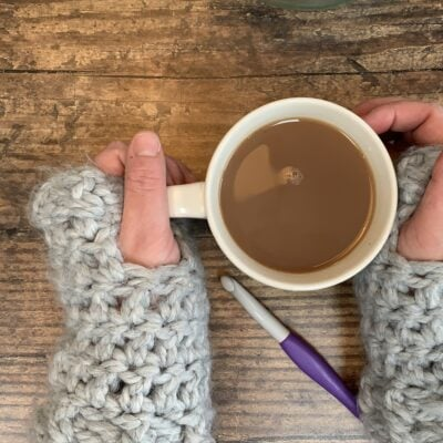 Wrist Warmers – Easy Crochet  Pattern