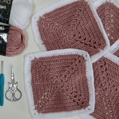 How to crochet the Double crochet cluster stitch