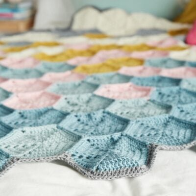 Hexi-love blanket Crochet now 53