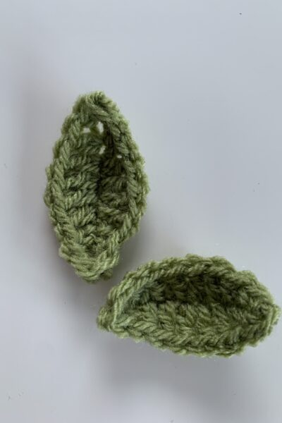 How to crochet a leaf, beginners easy video
